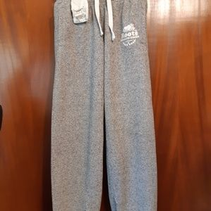 Roots Canada Gray Sweatpants Size Xs